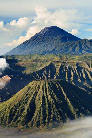 Bromo Mountain in Tengger Semeru National Park at sunrise, East Java, Indonesia Standard-Bild