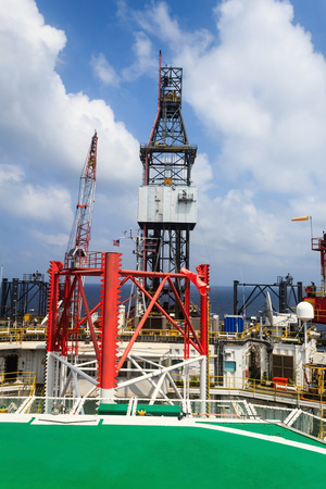 offshore jack up rig: Offshore Jack Up Drilling Rig in The Middle of The Ocean (Aerial View)