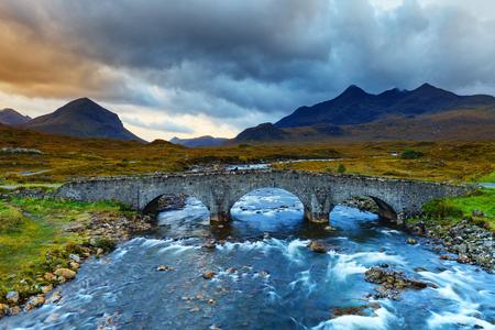 Sligachan Glen, montagne Marsco, Skye, Hebrides intérieures à Highlands, en Écosse. Il est proche des montagnes de Cuillin et offre un bon point de vue pour voir les montagnes de Black Cuillin