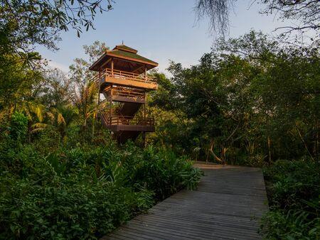 samut prakan: Sri Nakhon Khuean Khan Park and Botanical Garden is located in Bang Kachao Sub-District, Samut Prakan Province