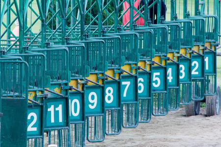 caballos corriendo: Hip�dromo Chiang Mai Tailandia
