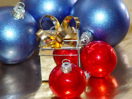 Christmas ornaments with silver gift box.