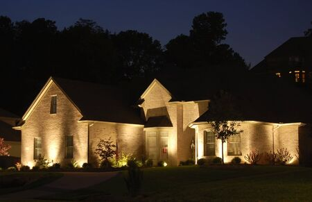 residential structures: Nice home lite up at night