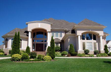 paisajismo: lujo hermosa casa en un nuevo desarrollo