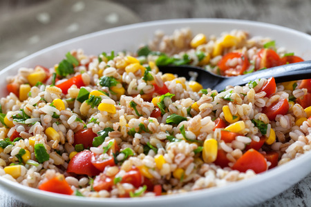 corn salad: Fresh Orzo Salad Whith Tomatoes, cors and Basil.