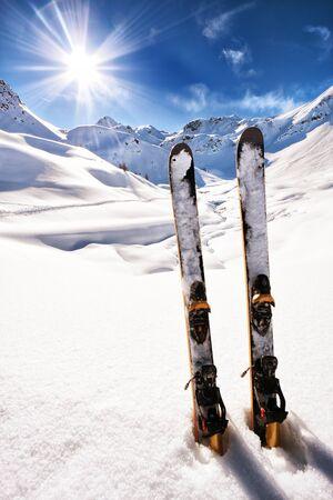イタリア アルプスをスキーします。