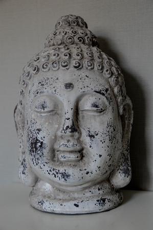 cabeza de buda: Buddha head interior decoration