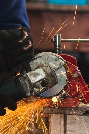 Circular saw in action Stock Photo - 11508527