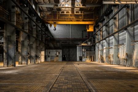 Intérieur industrielle d'une ancienne usine Banque d'images - 22469670