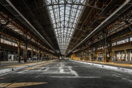 fabrik: Industrielle Innenraum eines alten Fabrikgebäude