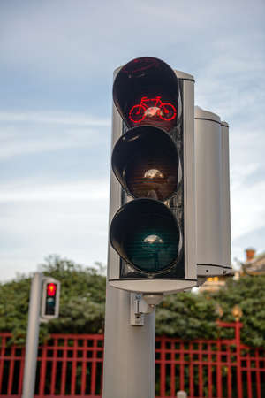 trafic stop: Closeup photo  of some traffic lights showing red