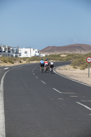 It is a nice landscape for cyclists in Lanzarote. 新聞圖片