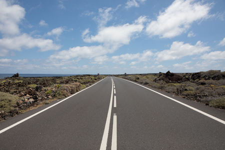 Nothing wrong with the roads on Lanzarote. Standard-Bild