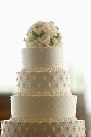 Wedding Cake met bloemen op de top