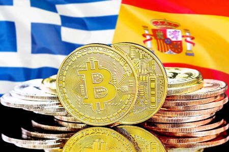 Concept for investors in cryptocurrency and Blockchain technology in the Greece and Spain. Bitcoins on the background of the flag Greece and Spain. Zdjęcie Seryjne - 124964484