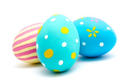 Perfect colorful handmade easter eggs isolated on a white background Banque d'images