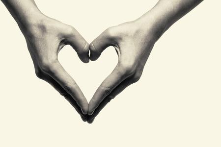 마음을 묘사 두 손