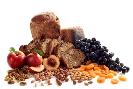 frutas deshidratadas: Still-life de pan y fruta  Foto de archivo