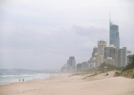 cosily: Australia, Queensland, PARADISE SURFERS, GOLDEN COAST.