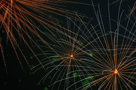 Firework with spider effect. Appears in the sky as a series of radial lines much like the legs of a spider.
