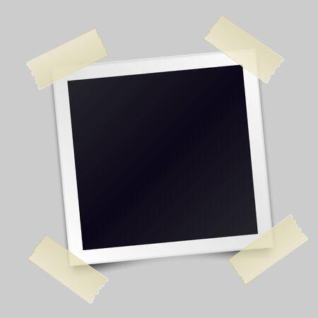 Cornice per foto realistica vintage incollata con nastro adesivo. Modello di foto design. Illustrazione vettoriale
