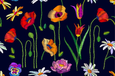 chamomile flower: Seamless vector pattern with chamomiles, red and yellow poppies. Botanical print with embroidered texture. Vintage motifs. Retro textile collection.