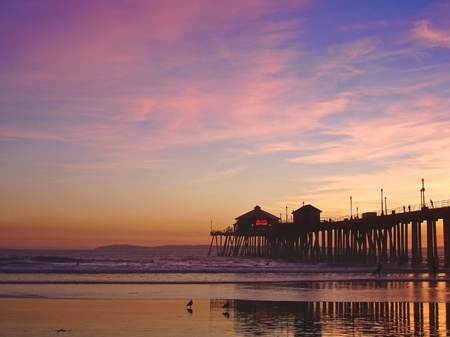 Incredible colors of the sunset by the Huntington Beach Pier, CA Stock Photo - 8935481