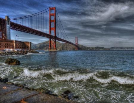 golden gate: Puente Golden Gate en el Informe de cerca
