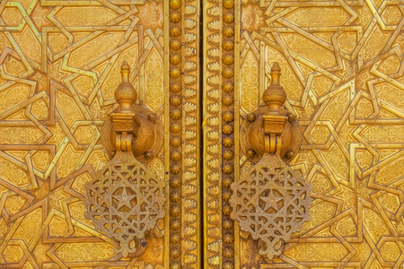 Gate to the palace of the king of Morocco in Fez, Morocco Imagens
