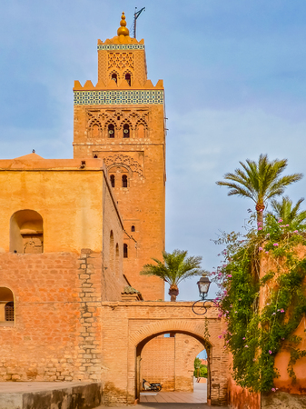Koutoubia Mosque in Marrakesh Morocco, also known as Mosque of the Booksellers Standard-Bild