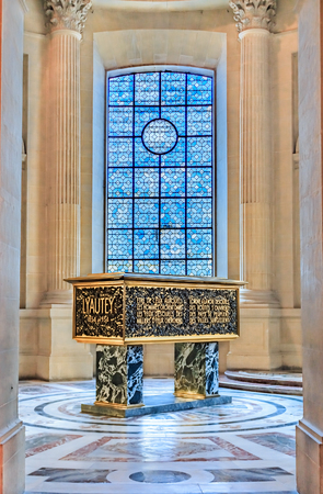 Tomb of Hubert Lyautey, French Army general in Saint Louis Cathedral of Les Invalides in Paris, France s war heroes burial site Stock fotó - 117249144