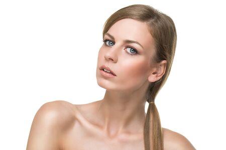 Augen mädchen dunkelblonde haare blaue Mädchen blonde