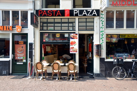 Pasta Plaza. Small Italian cafe in Amsterdam, The Netherlands Фото со стока - 33131970