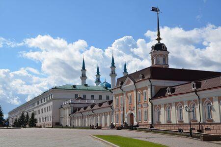 KAZAN, TATARSTAN, RUSSIA - MAY 13, 2017 - Administrative buildings in Kazan Kremlin, Tatarstan, Russia Éditoriale