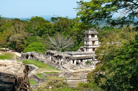 Palenque ruins, ancient maya city in jungle of Mexico Stock fotó