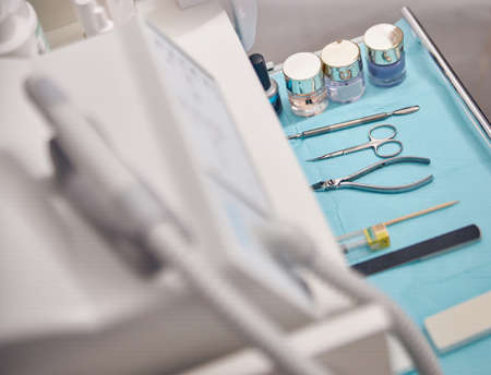 Instruments and digital machine for nail care