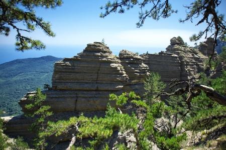 lamellar: Laminar rocky ridge. Taraktash, Crimea.