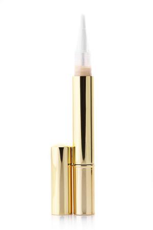 concealer: Make-up del prodotto: correttore correttore isolato su sfondo bianco.