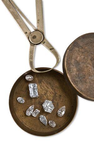ビンテージ wworking ボックスにいくつかのダイヤモンドとツール