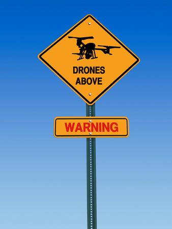 big brother spy: signo conceptual con el s�mbolo del avi�n no tripulado y de se�alizaci�n de peligro sobre el cielo azul Foto de archivo