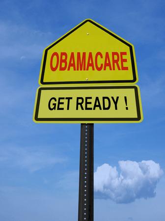 get ready: Obamacare preparatevi messaggio concettuale direzionale sopra il cielo blu Archivio Fotografico