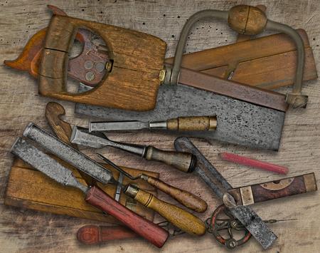木製のベンチにビンテージ木工ツール 写真素材