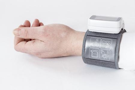blood pressure monitor: Automatic blood pressure monitor
