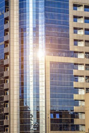Dubai, UAE - November 27, 2018: Elements of modern urban architecture in Dubai. Deira District. Stockfoto