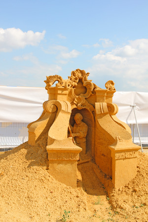 bartolomeo rastrelli: KOLOMENSKOYE,MOSCOW,RUSSIA-JULY 10, 2011:Masterpieces of Italian culture Exhibition of sand sculptures. Sculpture - a tribute to Francesco Bartolomeo Rastrelli author Enguerrand David (Belgium)
