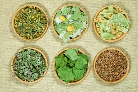 Set of healing herbs. Dry herbs for use in alternative medicine, phytotherapy, spa, herbal cosmetics. Preparing infusions, decoctions, tinctures. Used in powders, ointments, butter, tea, bath Imagens