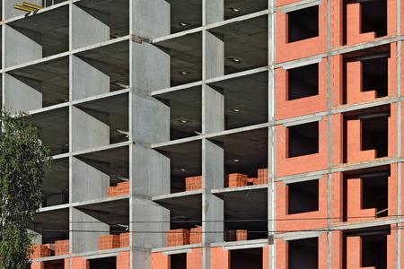 monolithic: monolithic construction