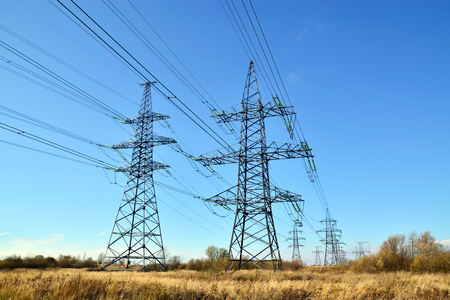 Reliance power lines closeup on the sky background Standard-Bild