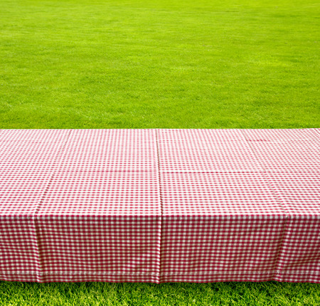 picnic table background