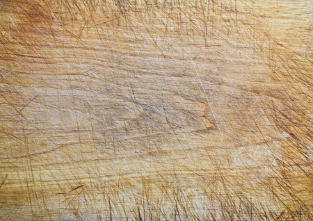 Old wooden cutting board background texture Standard-Bild